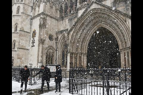 snow Royal Courts of Justice 4